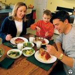 It may be easier than you think to get your family to enjoy a healthful meal together.