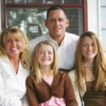 family-with-2-daughtersSmall